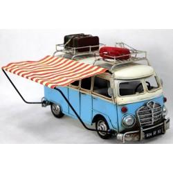 Caravana azul antigua