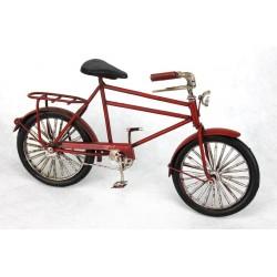 Bicicleta roja antigua